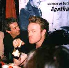 Dani Nel.lo en la cocina  de NyC en el 2003. Celebración del primer aniversario